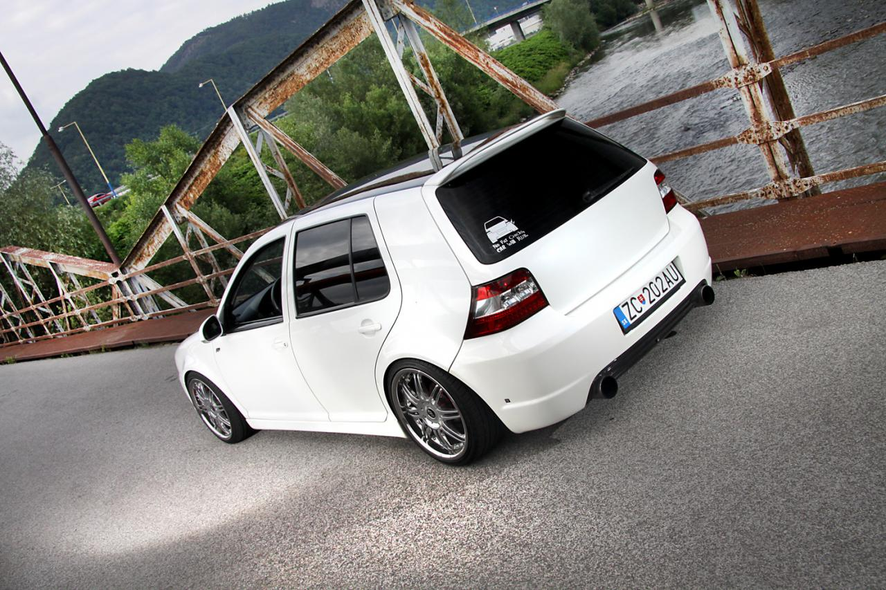 2012: VWhite beauty - Golf 4 á la Scarp